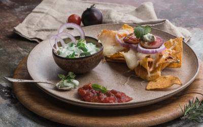 Nachos med hjemmelavet guacamole og salsa